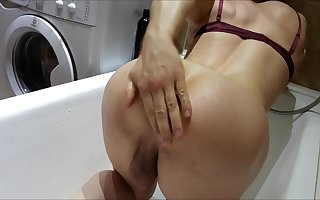 Shemale slut buttpluged in bathtube